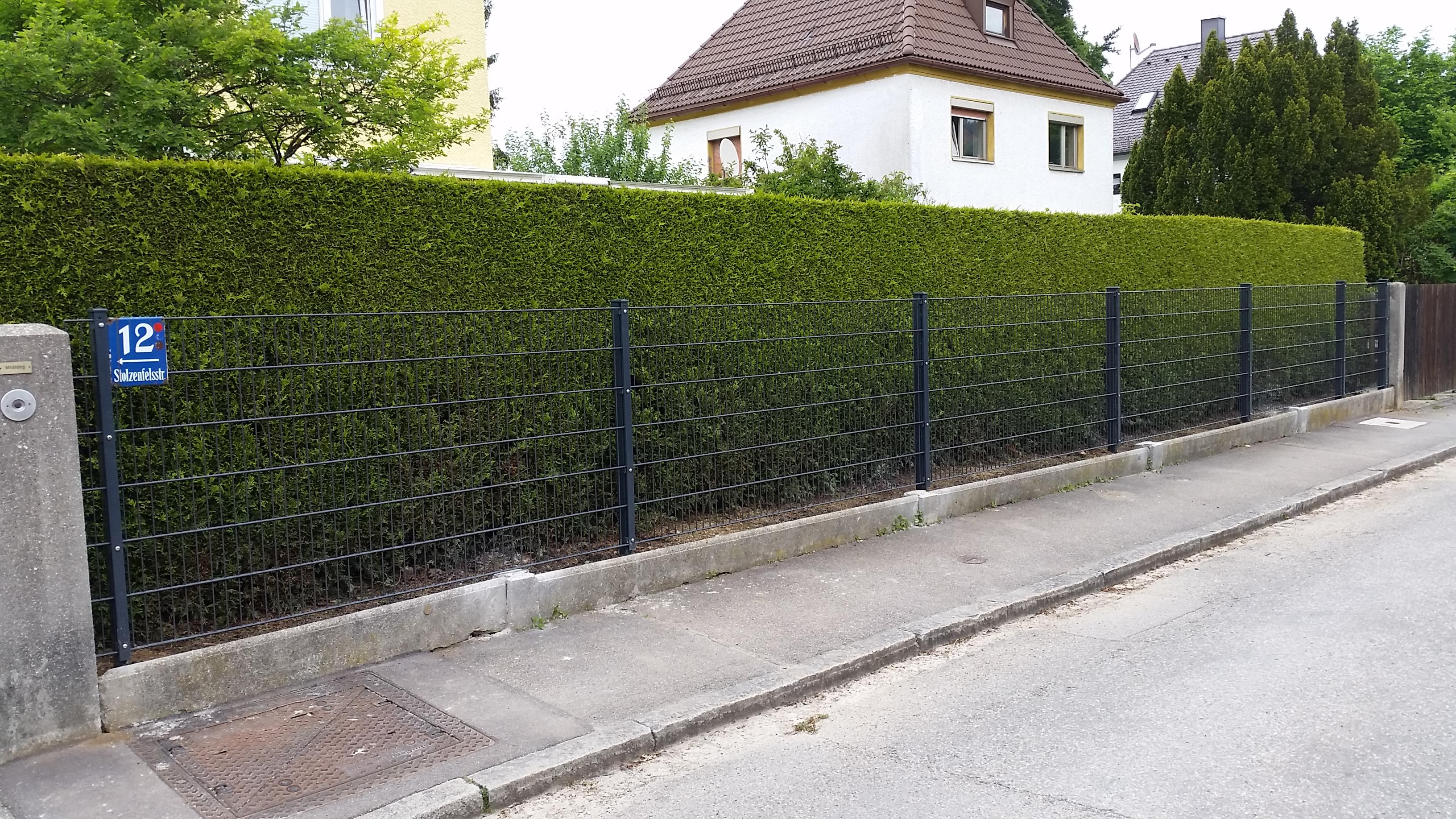 Stabmatten-Zaun