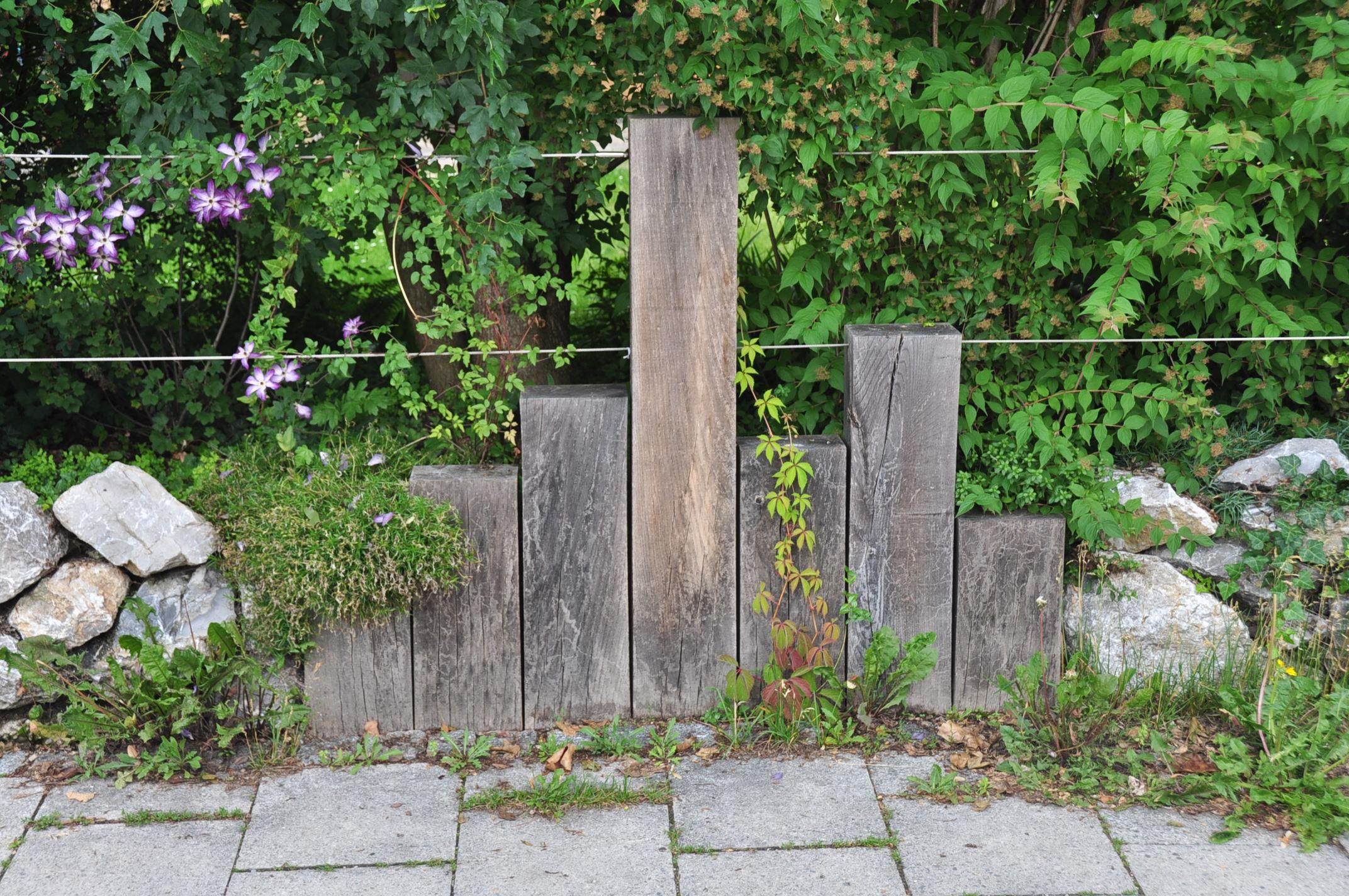 sehr individueller Zaun (3)
